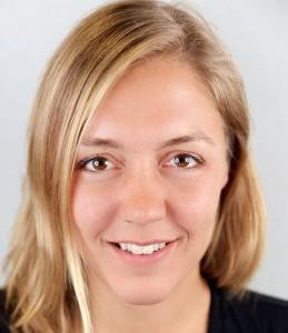 Marie Otzen, Physiotherpeutin bei Vitamoveo, Praxis für Cranio Sacral Therapie, Osteopathie Baby, Physiotherapie, unerfüllter Kinderwunsch.